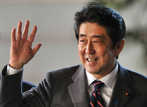 Shinzo Abe doet yen dalen en beurs opveren in Japan