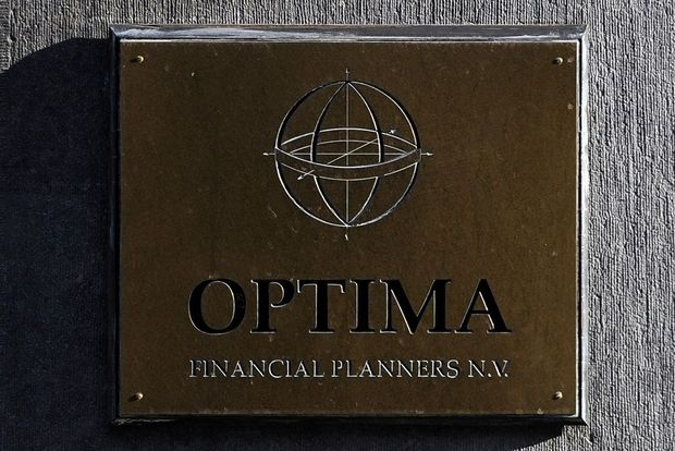 Optima start procedure om afstand te doen van bankvergunning