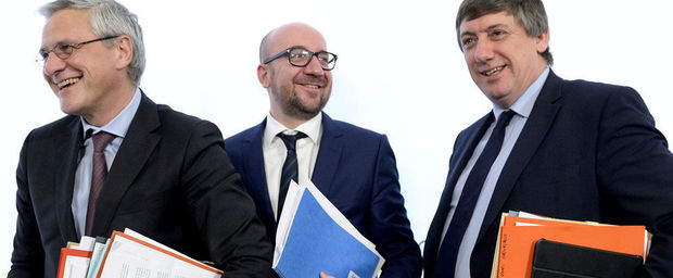 Kris Peeters (CD&V), Charles Michel (MR) en Jan Jambon (N-VA)
